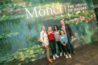Family at Monet exhibition